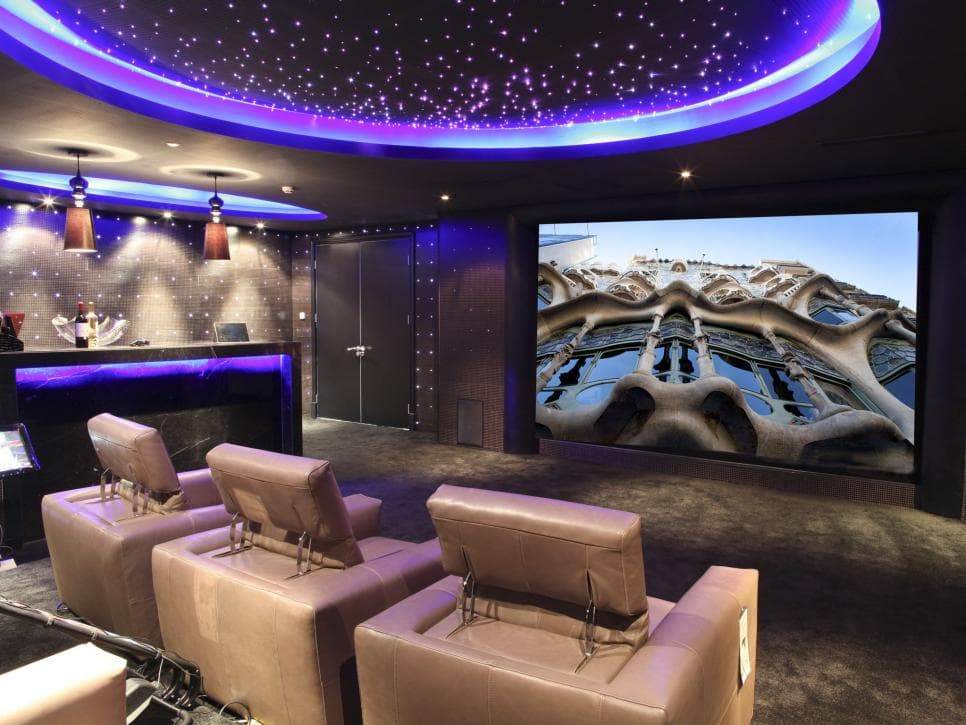 luxurious home theatre sofa