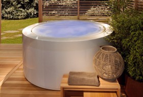 round hot tubs1