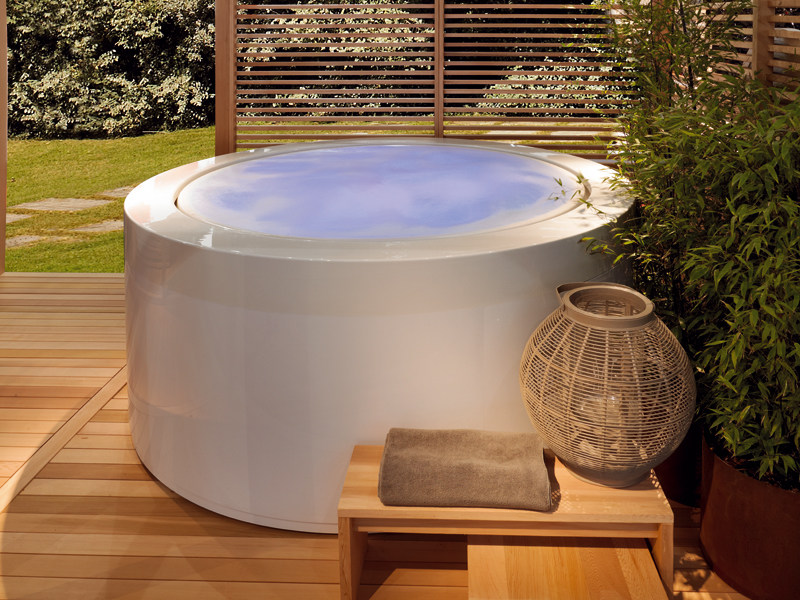 Fun for the Whole Family: How to Choose the Right Hot Tub