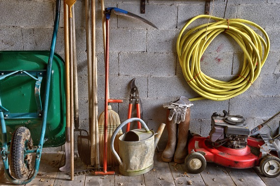 home gardening tools and equipmentS