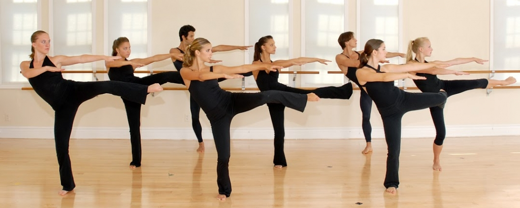thights and leggings girls on dance class