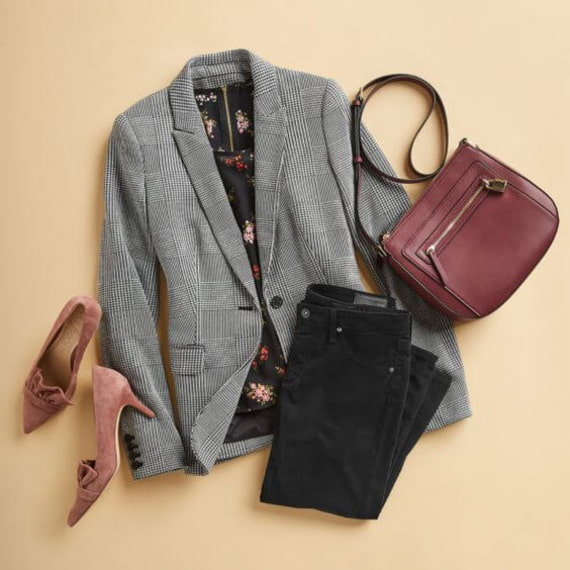 dark jeans and gray blazer outfit