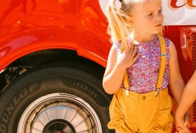 little-girl-with-suspender