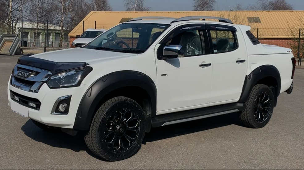 Isuzu Dmax Accessories: Prepare Your Ride for Off-Road Adventure