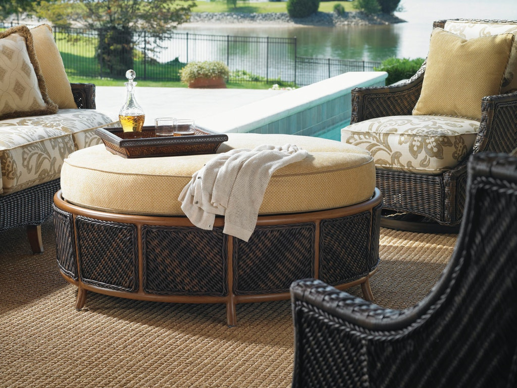 Outdoor Furniture: How to Create a Cool and Cozy Outdoor Living Room