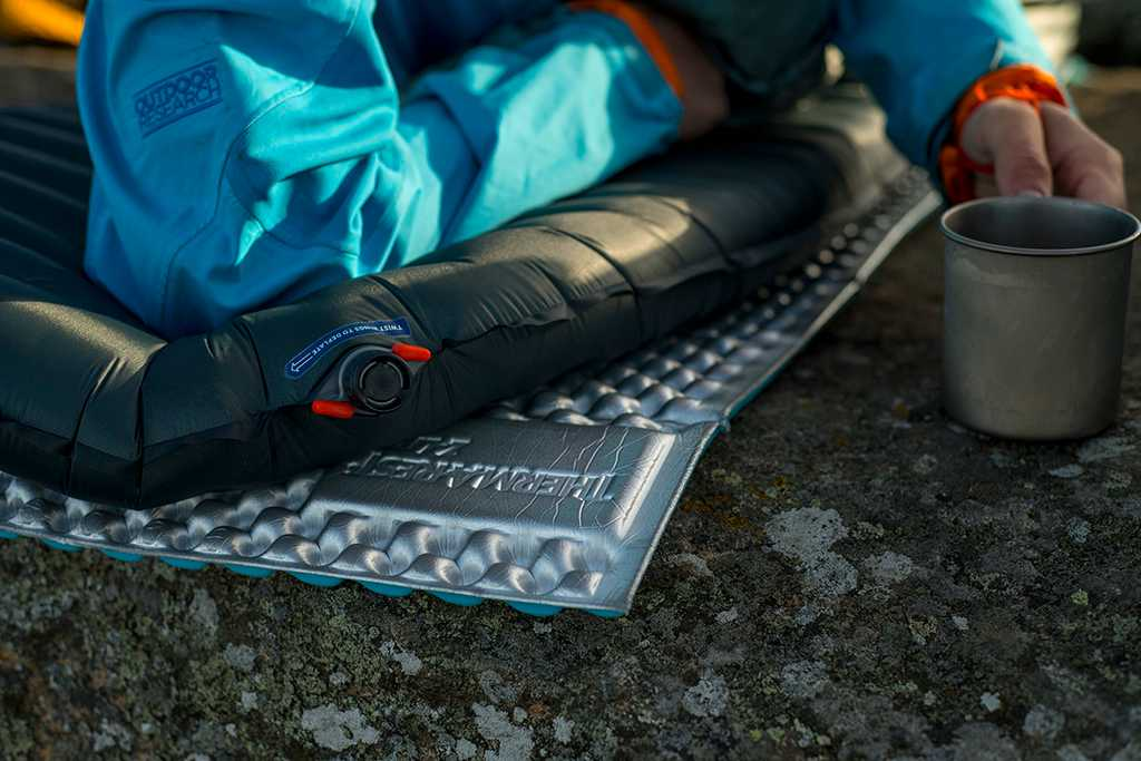 Best Camping Gear Gifts for Every Outdoor Lover